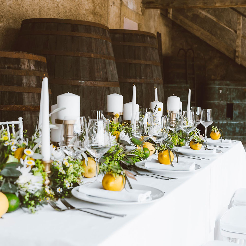 Decorazione tavolo con limoni