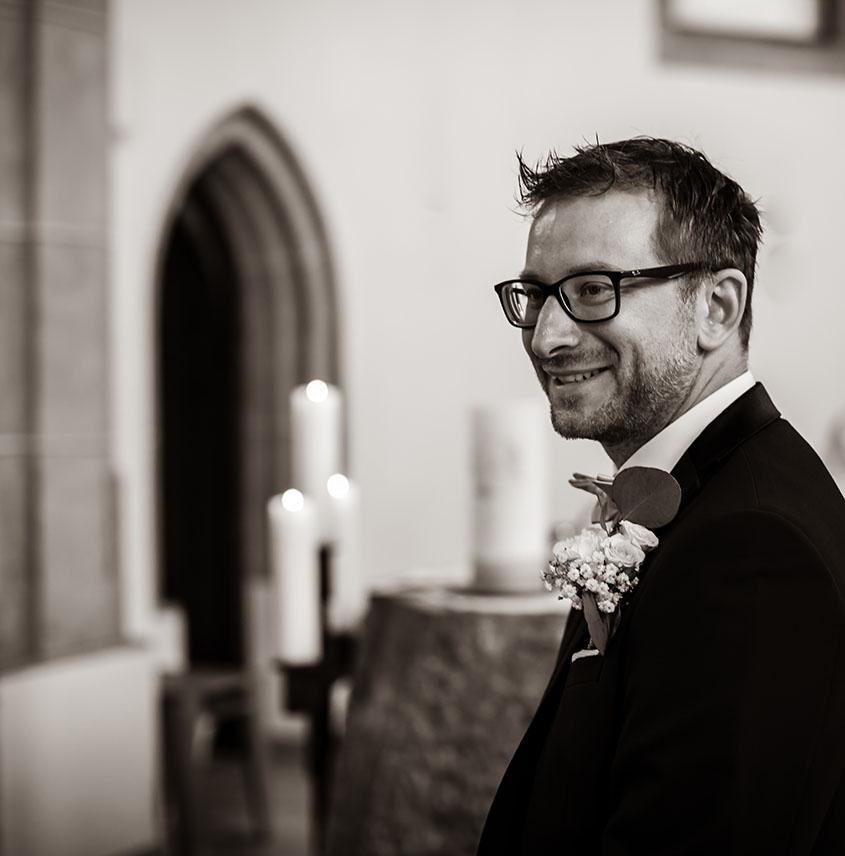 D+J Matrimonio in Alto Adige - fiore per lo sposo